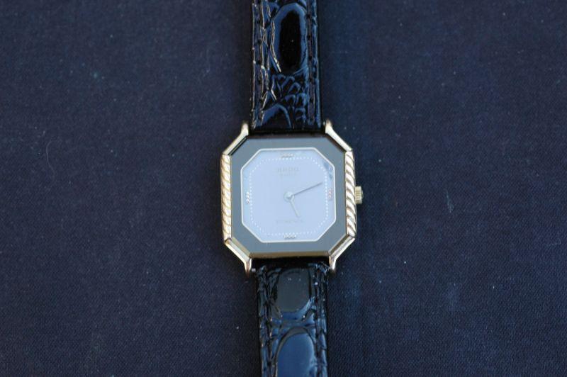 rado florence damen quartz 24mm vintage stahl gold. Black Bedroom Furniture Sets. Home Design Ideas
